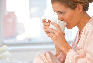 تاثیر کافئین قهوه و نوشابه انرژی زا بر تمرکز