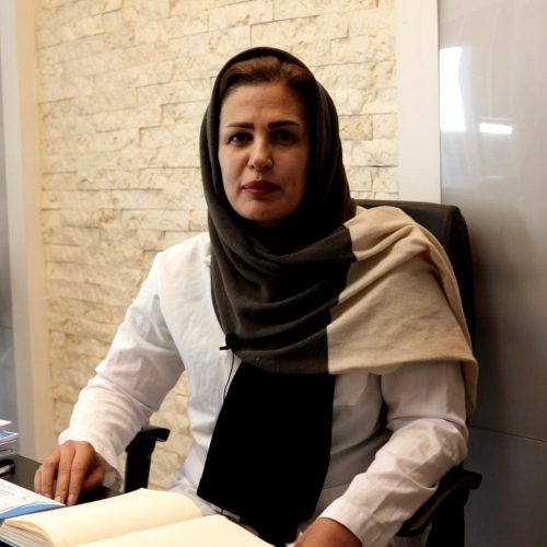 دکتر یلدا ایزدپرست