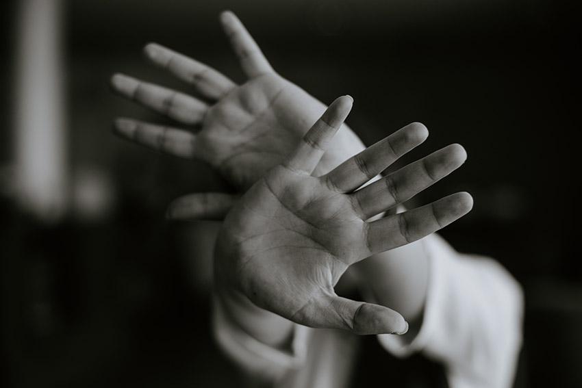 احتمال ابتلا به اختلال هراسی یا حملهی پانیک در زنان دو برابر مردان است.