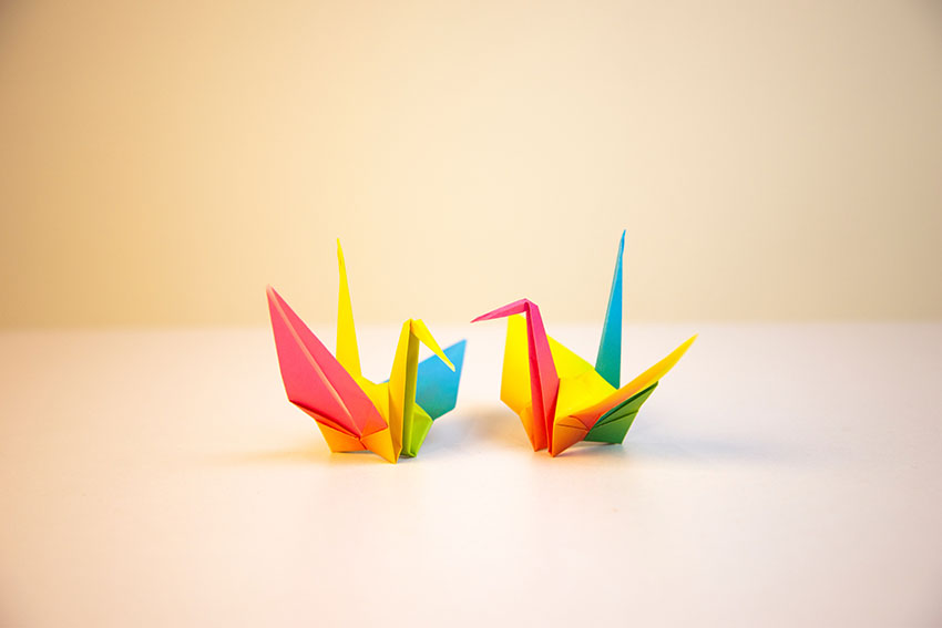 درنای اوریگامی، یک طرح اوریگامی سنتی ژاپنی و مقدمهای خوب برای یادگیری این سرگرمی مفرح برای کودکان است
