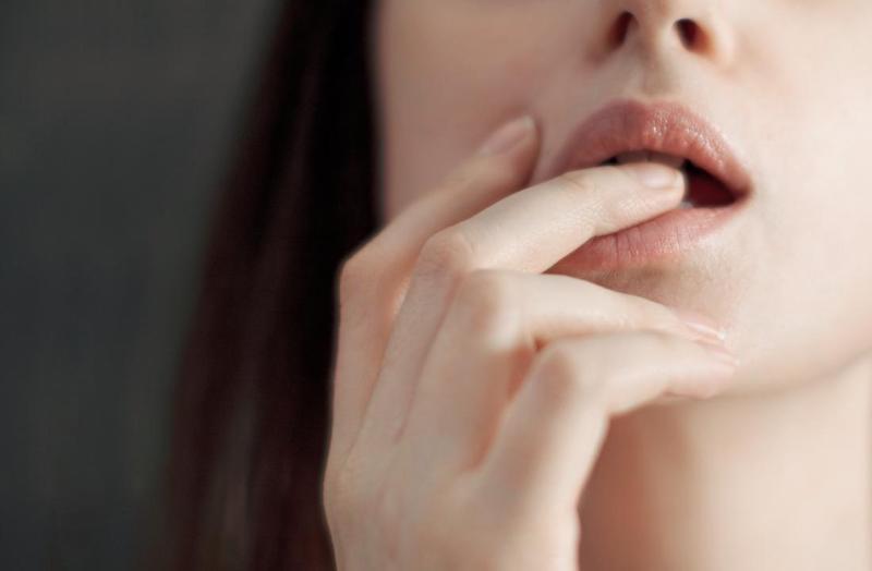 چشیدن طعم مایع منی مردان برای زنان - طعم منی