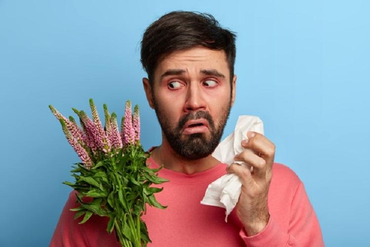 تفاوت-آلرژی-های-فصلی-با-کرونا-ویروس