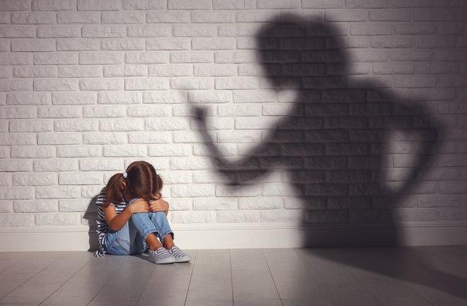 عواقب-کتک-زدن-کودک