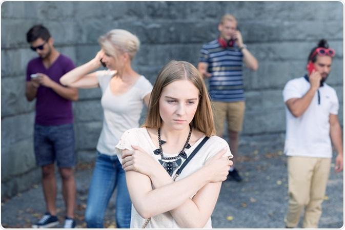علائم-اضطراب-اجتماعی-فراگیر